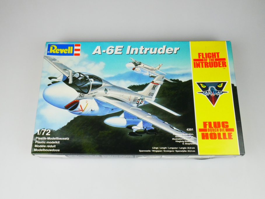 Revell 1/72 A-6E Flight of the Intruder Flug durch die Hölle 4391 kit Box 113335