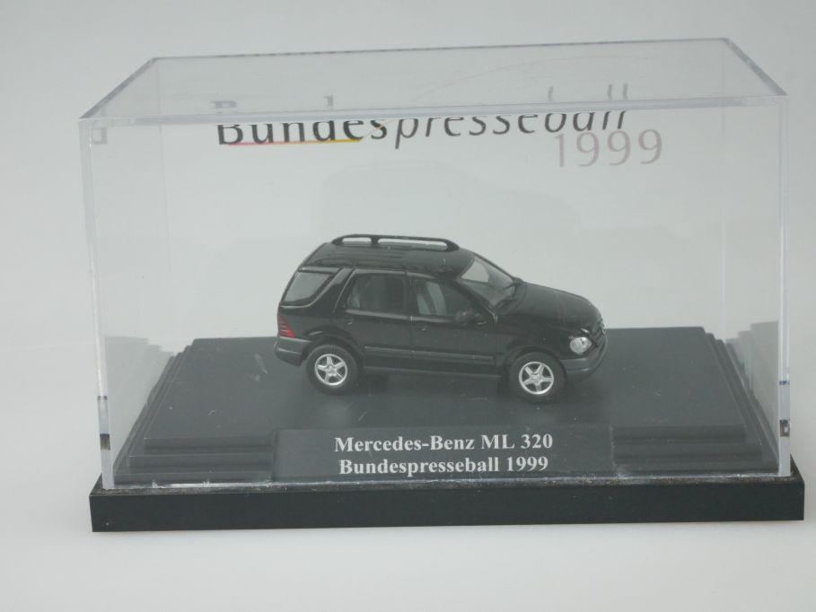 Busch 1/87 H0 Mercedes Benz ML 320 Bundespresseball 1999 in Box 110176