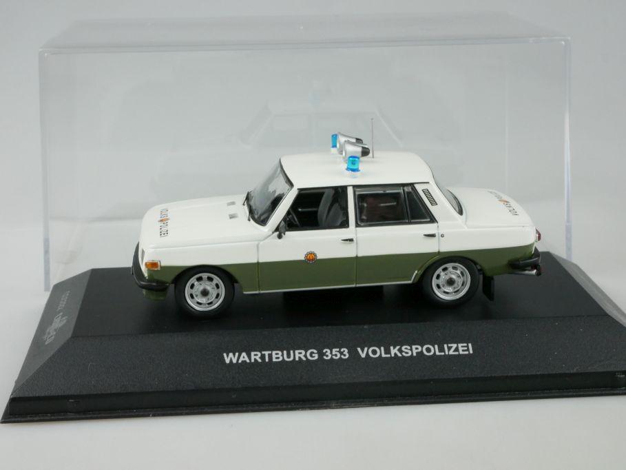 Wartburg 353 Pick up grün Blister 1:43 Ixo//Alt Modellauto