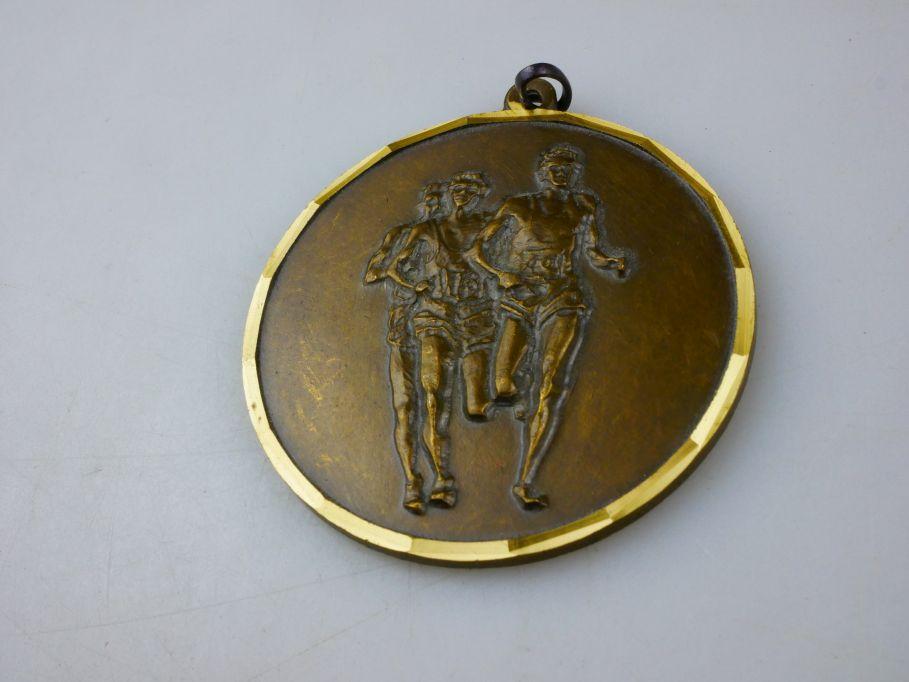 Medaille 2. VW Lauftreff 09.10.1993 im Prüfgelände Ehra Volkswagen Medal 110361