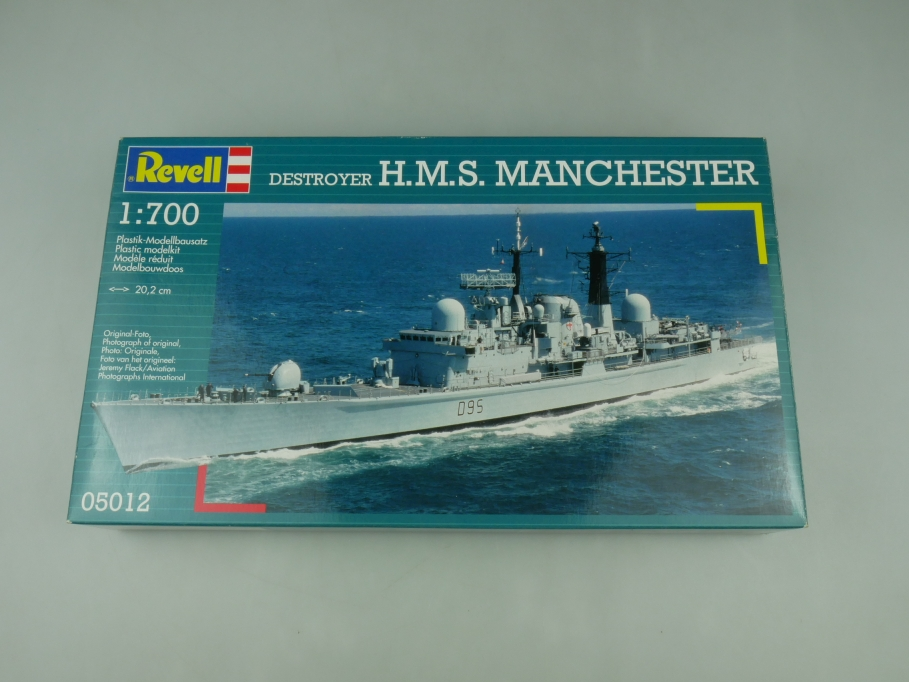 Revell 1/700 Destroyer H.M.S. Mainchester No 05012 OVP kit 110510