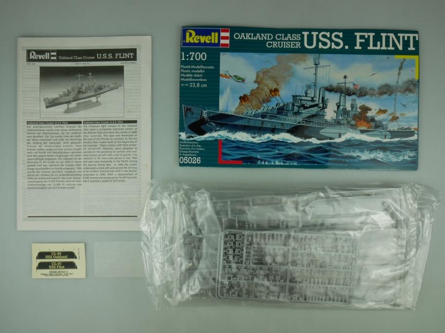 Revell 1/700 Oakland Class Cruiser USS. Flint No 05026 OHNE OVP! kit 110522
