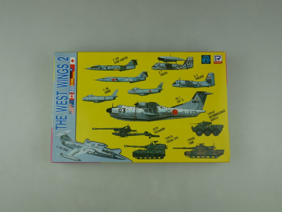 Pit-Road 1/700 The West Wings 2 plane and tank S10 w/ Box kit 110592