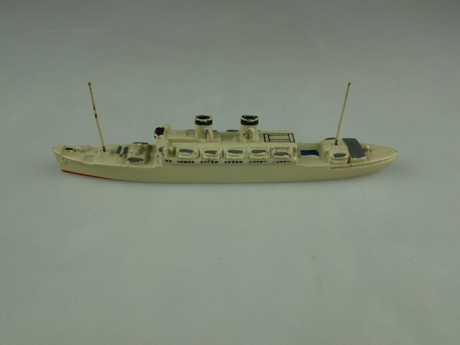 WM Wiking 1/1250 16000 BRT Passagier 13,5cm grau Schiff 110604