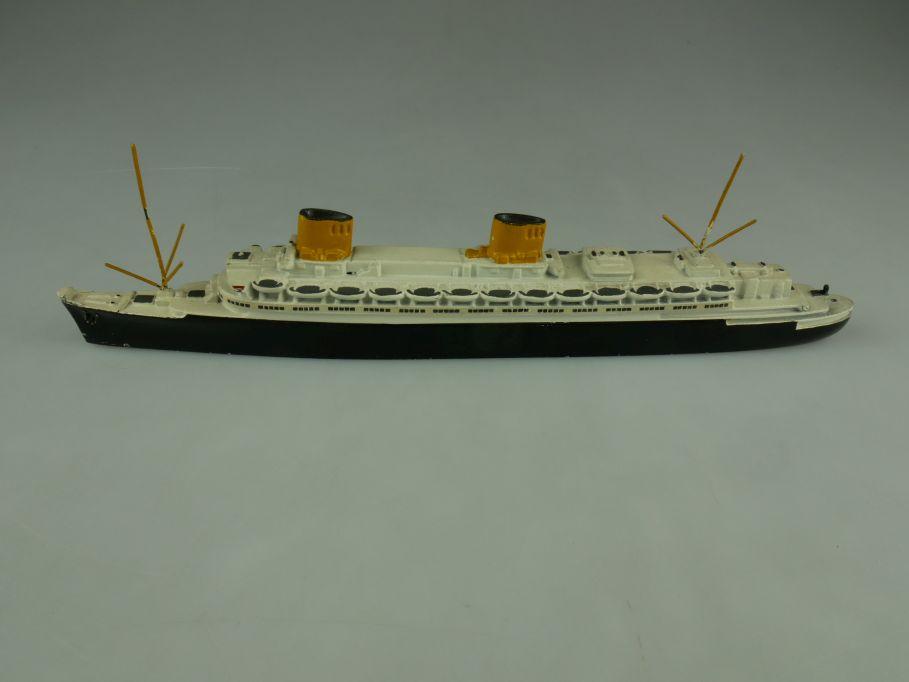 WM Wiking 1/1250 Bremen / Europa Passagier 22cm Sand Schiff 110640
