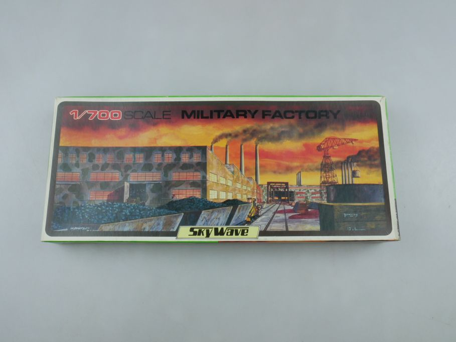 GM 1/700 Sky Wave Military Factory 3x Gebäude No 24 OVP kit 111260