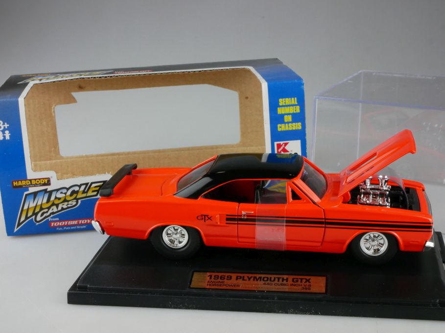 1/32 1969 Plymouth GTX US Muscle Cars HARD BODY TootsieToy 3280 in Box 111172