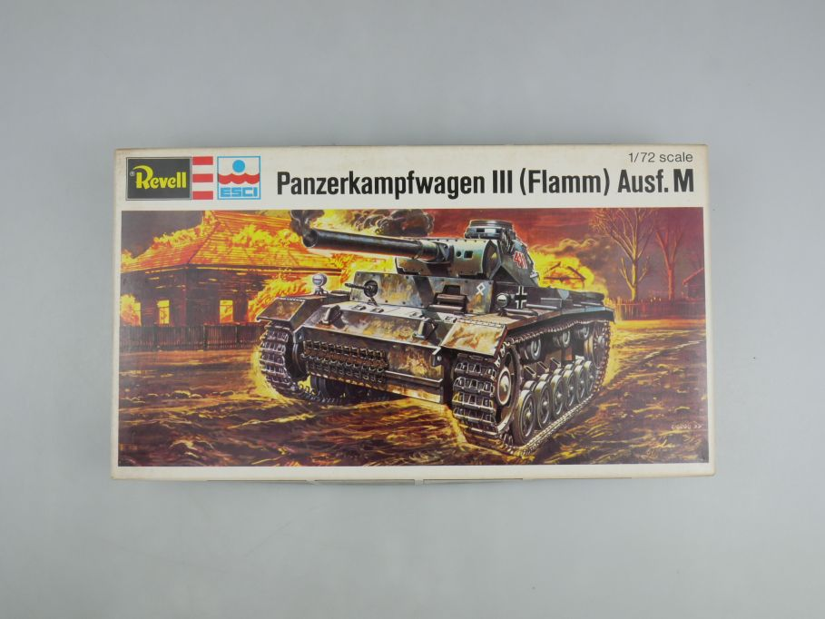 Esci Revell 1/72 Panzerkampfwagen III (Flamm) Ausf.M vintage w/ Box kit 111609