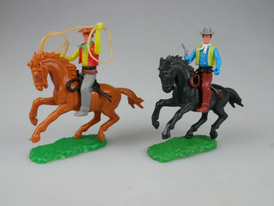 Elastolin 2x Cowboy Reiter Pferd schwarz braun Steckfiguren 111751