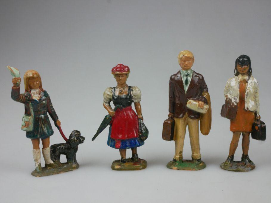 4x alte lackierte Kunststoff Figuren 7 - 7,5cm 50/60er Frau Hund Mann 111927