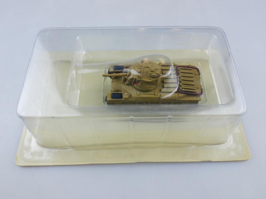 Andrea Miniatures 1/87 Valentine British Sand Metall Tank w/ Box 111984