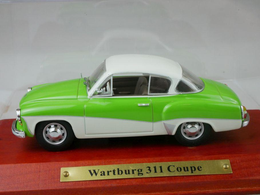 Atlas 1/43 Wartburg 311 Coupe grün weiß DDR diecast model + Box 112191