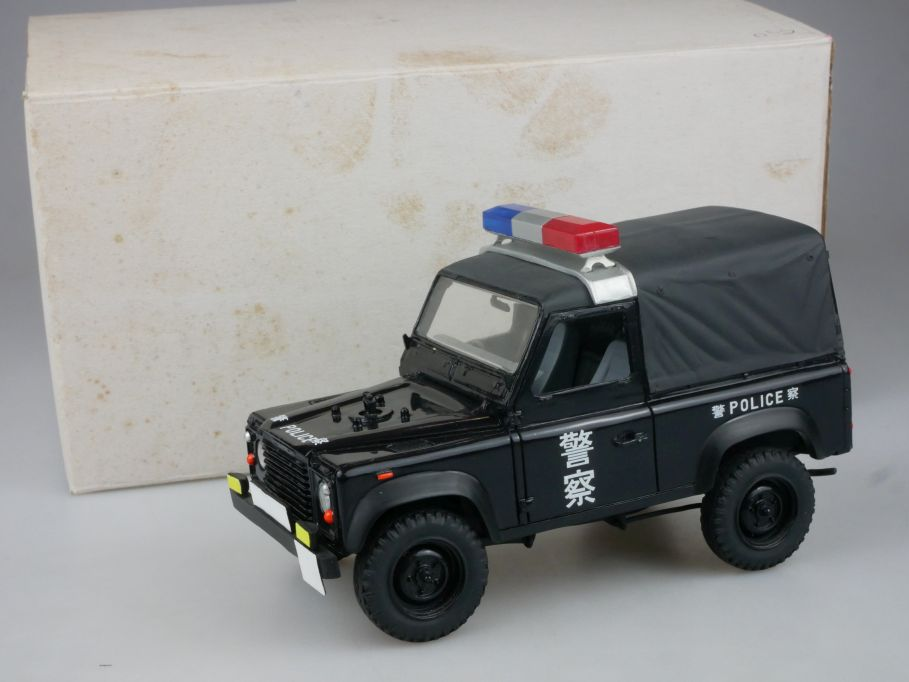 1/25 Hong Kong Police A&C Creation Land Rover Defender 90 Resin Modell 112304