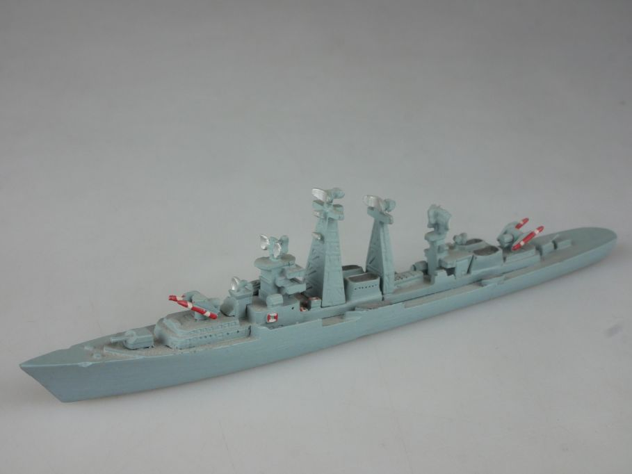 Delphin 25 1:1250 Kashin Klasse Lenkwaffenzerstörer 112663