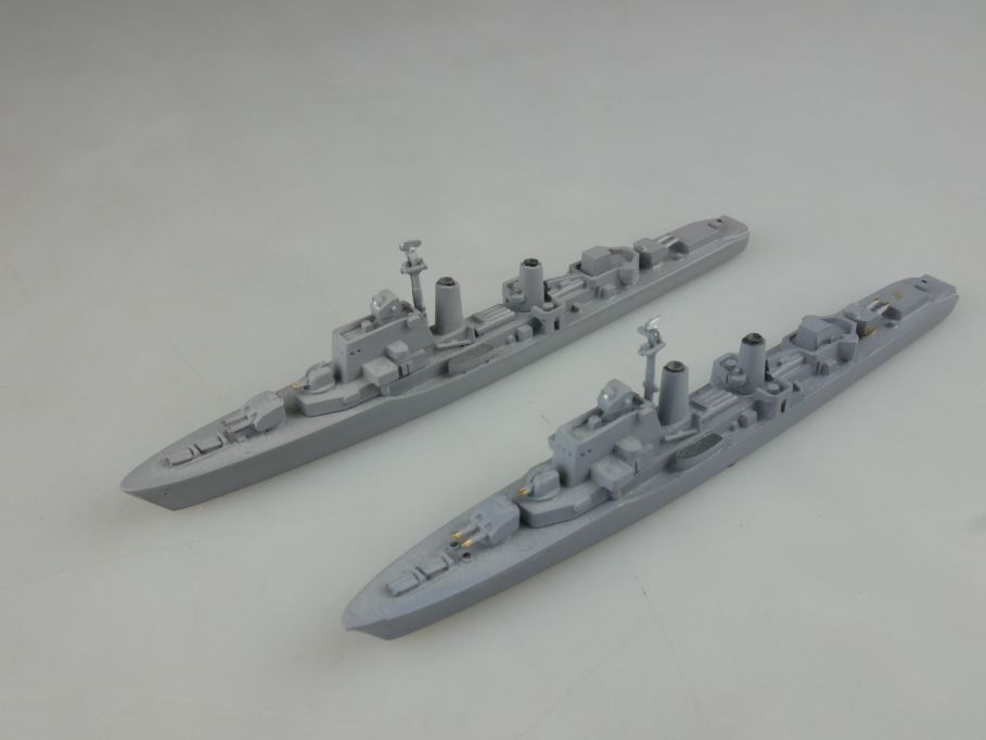 2x Wiking 1/1250 Halland Klasse Zerstörer Metall Schiff ship 112668