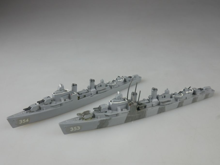 2x Wiking 530 1/1250 Gearing Klasse US Zerstörer Metall Schiff ship 112671
