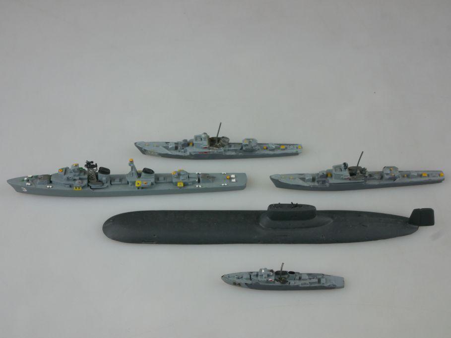 5x Wiking Hansa Trident 1:1250 USSR S 52 SU Riga T43 Skory U-Boot TYPHOON 112757