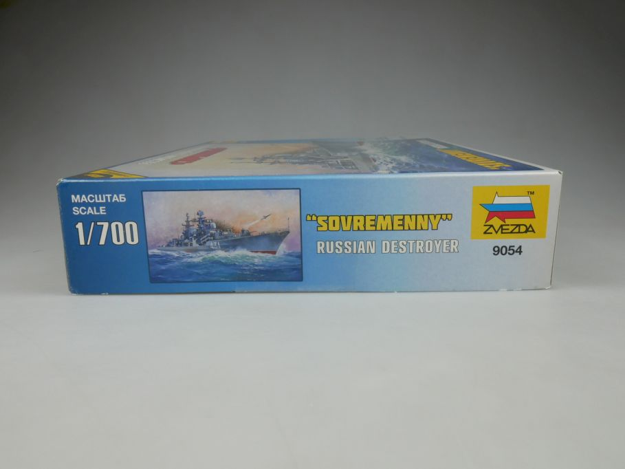 Zvezda 1/700 Russian Destroyer Sovremenny 9054 ship kit w/Box 112813