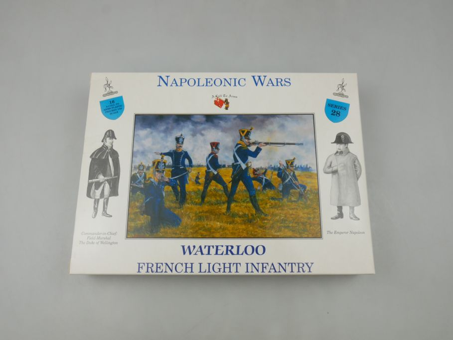 Napoleonic Wars 1/32 Series 28 Waterloo French Light Infantry Figures kit 113471