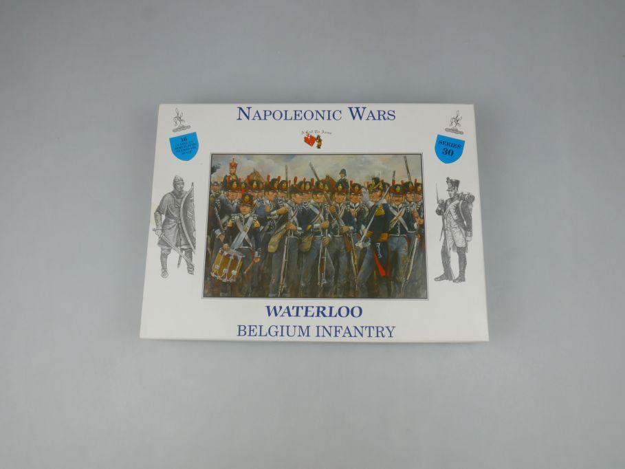 Napoleonic Wars 1/32 Series 30 Belgium Infantry Figures kit 113475