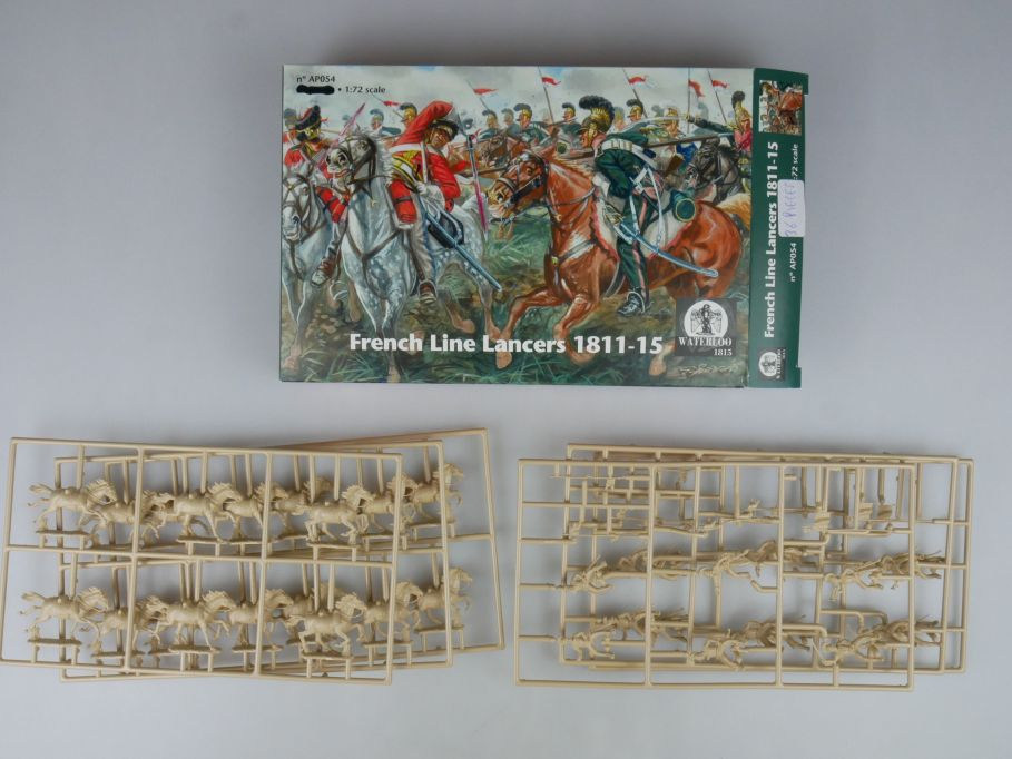 Waterloo 1/72 1772 French Line Lancers 1811-15 Figuren kit AP054 Box 113338