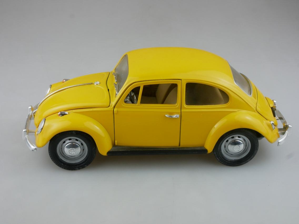 Road Tough 1/18 VW Beetle (1987) Modellauto ohne Box - 114213