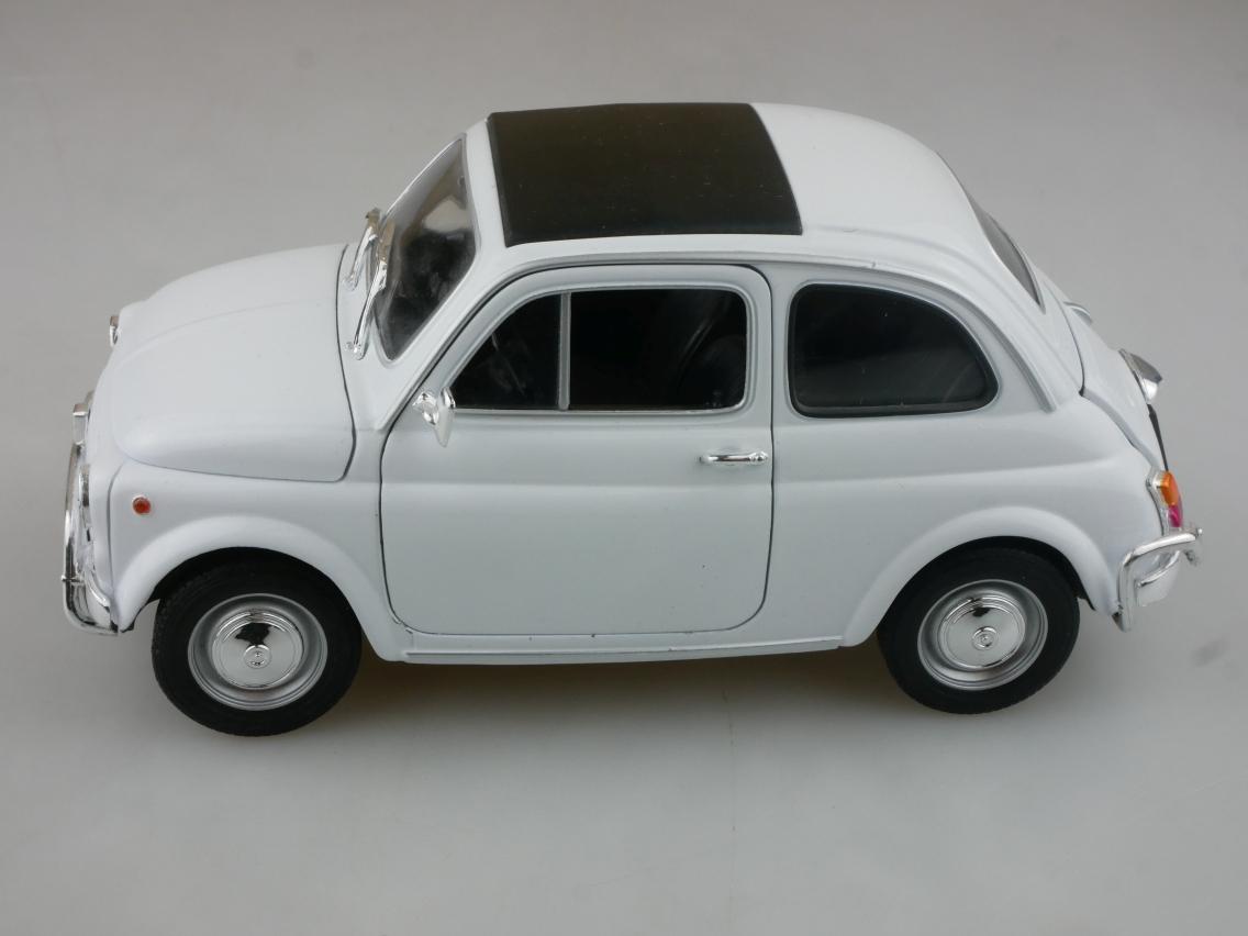 Welly 1/18 Fiat 500 L Modellauto 18009 ohne Box - 114224