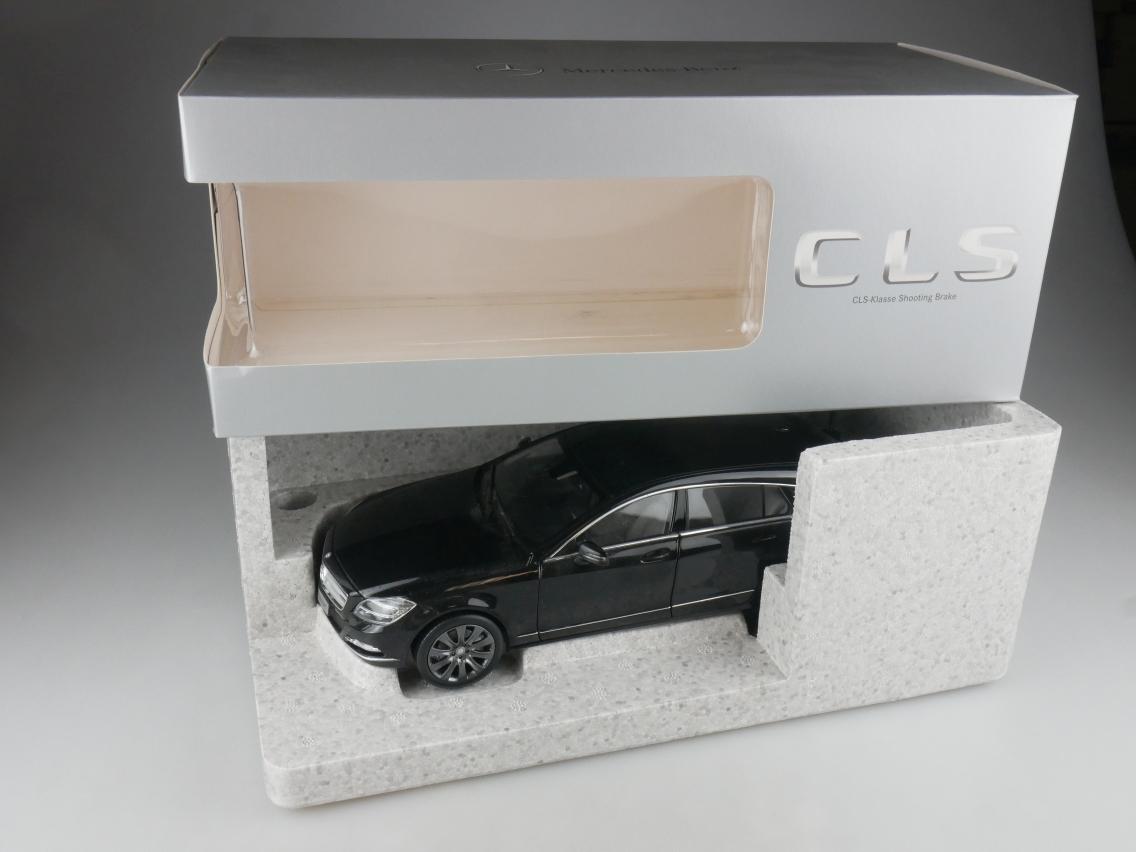 Norev 1/18 Mercedes Benz CLS-Class Shooting Brake Modellauto + Box - 114180